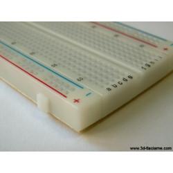 Nepájavé kontaktné pole (breadboard)
